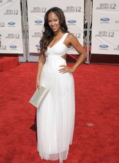Actress Meagan Good arrives at the 2012 BET Awards at The Shrine Auditorium on July 2012 in Los Angeles, California. Meagan in a sexy white cut out dress which flows gently down on the ground. Meagan Good Wedding, Megan Good, White Cut Out Dress, Black Actresses, Beautiful Gowns, Beautiful People, Beautiful Women, Best Wedding Dresses, Red Carpet Dresses