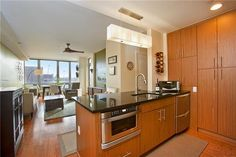 ***CONTRACT SIGNED**** 5-49 Borden Avenue, 2-M - Long Island City One Hunters Point [5th Street & Vernon Boulevard] 2 Bedroom/2 Bath with Balcony, 1,173 SF, $1,250,000 Open House:   Sunday, Feb 15, 1:30-2:30
