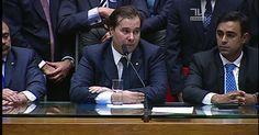 Rodrigo Maia chora e diz que tentará presidir a Câmara com 'simplicidade'