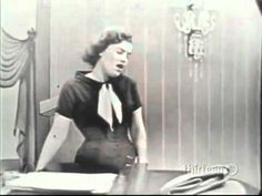 Patsy Cline - Walkin' After Midnight (Bradley Studios TV Show - (Mom loved to dance with me - from when I was a baby on. Best Country Music, Country Music Videos, Country Singers, Country Hits, Sound Of Music, Kinds Of Music, Musica Country, I Fall To Pieces, Patsy Cline