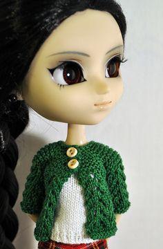 February Pullip sweater by NPQC Blog, via Flickr free pattern