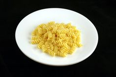 Various foods in portions of 200 calories pictures]. food Various foods in portions of 200 calories pictures] 200 Calorie Meals, Low Calorie Recipes, Healthy Recipes, Healthy Dinners, Calorie Counting, Eat Right, Vegan Dishes, Different Recipes, Butter