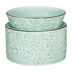 This Isabella Scentsy Warmer is lovely in a lady's bedroom or freshening the air…