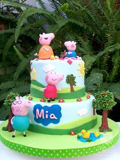 Miriam y Vero's Birthday / Peppa Pig - Photo Gallery at Catch My Party Peppa Pig Birthday Cake, Birthday Cake Girls, 3rd Birthday Parties, 2nd Birthday, Tortas Peppa Pig, Cumple Peppa Pig, Pig Cakes, Sugar Cookie Royal Icing, Dinosaur Cake