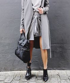 Keep your colour palette muted like Chloe Helen Miles for Fashion Week chic wearing Finders Keepers The Label #fashion #streetstyle #grey #blogger #fblogger #FindersKeepers #FindersKeepersTheLabel