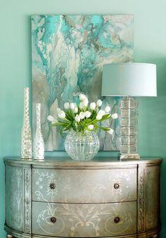 Elegant and summery bedroom decor ideas. Summer | Summer Maternity Style | Summer Style | Summer Fashion | Pregnancy Fashion | Summer Blues | Turquoise | Teal | Aquamarine