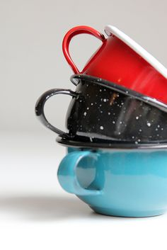 enamelware cups | collectibles + drinkware