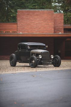Model A Ford This is a true hot rod. Hot Rods, Hot Rod Pickup, Pinup, Traditional Hot Rod, 32 Ford, Sweet Cars, Us Cars, Ford Models, Car Pictures