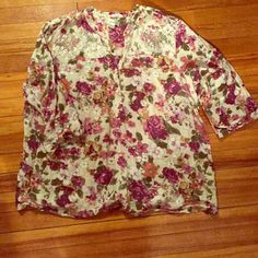 Floral top Beautiful 3 button, 3qt sleeve floral top with lace details on collar bones. Size 22/24 in Dressbarn. 100% cotton. Worn twice. Great condition. Dress Barn Tops Blouses