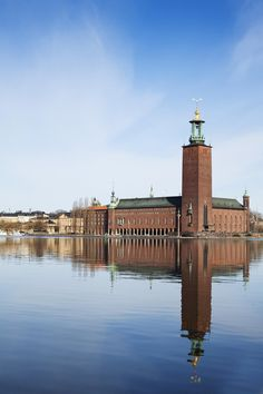 Stockholm City Hall by Ragnar Ostberg, 1923 Most Beautiful Cities, Wonderful Places, Voyage Suede, Natur Wallpaper, Kingdom Of Sweden, Stockholm City, Stockholm 2017, Baltic Cruise, Air France