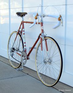 1979 Bianchi Super Leggera - Bike Forums Bicycle Paint Job, Bicycle Painting, Classic Road Bike, Classic Bikes, Cool Bicycles, Vintage Bicycles, Touring Bicycles, Beautiful Roads, Unicycle