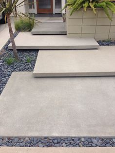 Strategy, tricks, including overview when it comes to obtaining the most ideal r… - modern front yard landscaping ideas Modern Front Yard, Front Yard Design, Patio Design, Exterior Stairs, Exterior Front Doors, Modern Landscaping, Front Yard Landscaping, Landscaping Ideas, Landscape Stairs