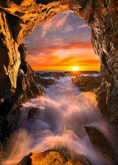 coiour-my-world: Sun Gate byBsam
