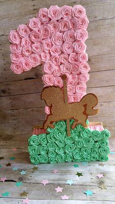 Carosello tema numero uno piñata menta e rosa oro piñata