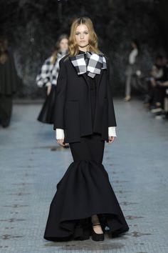 Défilé Dice Kayek Haute Couture printemps-été 2016