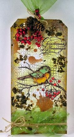 Gorgeous Christmas tag from Suzz http://www.suzzstampingspot.blogspot