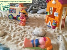 Super Seaside At the Beach Tuff Tray Small World Scene -EYFS Children Teaching Activities, Activities For Kids, Activity Ideas, Teaching Ideas, Seaside Shops, Eyfs Classroom, Key Stage 1, Tuff Tray, Seaside Holidays