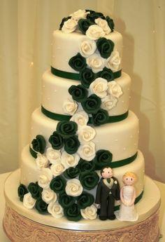 I like this but with that green and pink instead of white flowers....and without the weird looking people.