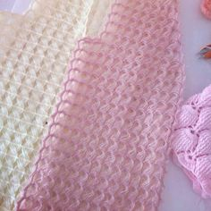 Hand Knitting Women's Sweaters Knitted Women's Vest, Cardi. Hand Knitting Women's Sweaters Knitted Women's Vest, Cardigan, Sweater Diy Crafts Knitting, Diy Crafts Crochet, Easy Knitting Patterns, Knitting Designs, Crochet Motif, Knit Crochet, Guerilla Knitting, Knit Vest Pattern, Crochet Cardigan