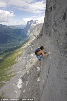 www.boulderingonline.pl Rock climbing and bouldering pictures and news Dean Potter solo cli