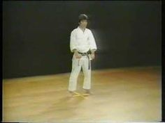 Kanku Sho - Shotokan Karate - YouTube