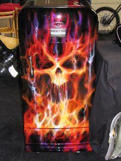 DIY Ideas for your man cave bar Paint Refrigerator, Painted Fridge, Vintage Fridge, Vintage Refrigerator, Air Brush Painting, Car Painting, Airbrush Skull, Garage Art, Garage Ideas