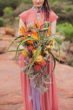 Earthy South African wedding inspiration by Weil Life Photography Protea Bouquet, Bouquet Flowers, South African Weddings, Nigerian Weddings, Protea Wedding, Wedding Bouquets, Wedding Hijab, Boho Wedding, Wedding Inspiration