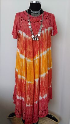 Bohemian Indie Dress, Short Sleeve Embroidered Dress, Ethnic Tie Dye Dress, Women's Plus size dress Maternity Dress Vintage 1980's