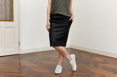 Zwarte rok witte shabbies met blouse of shirt