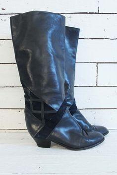 just added.... vintagelaarzen - vintageboots - vintagefootwear - vintagefashion