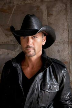 HUBBA HUBBA: Tim McGraw