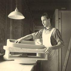 Lavuaarin valua tehtaalla. http://www.ido.fi #bathroom #bathroomdesign #interiordesign #homespa #scandinaviandesign #bathroomideas #bathroomsink #interiordecoration #toilet #factory #sink #finnishdesign #bathroominspiration #ceramics #ceramicsoven #bathroomidea #tap #washbasin #fauset #behindthescenes #sanitary #porcelain #interiorideas #advertisement #history #toiletseat #casting #makers #worker #production #productionprocess
