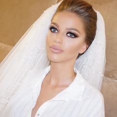 Bride Wedding Day Studiosellma See This Instagram Photo By Sellmakasumoviq O Diy MakeupBride