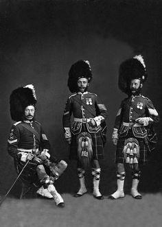 c1863 Group of 78th Highlanders Full Dress Uniform