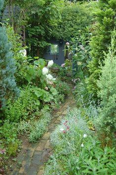Stunning Cottage Garden Path!!!! Source?