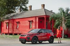 On a mission to reconnect us with the adventure of driving, and the elements that inspire us to discover and create, Range Rover has created three videos as part of its City Evocation series for the new Range Rover Evoque.