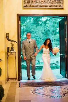 Jenna and David's Intimate 20 guest wedding reception at a private residence in Florida.  Photography by Enuel Viera. See more @intimateweddings.com #reception #realwedding #smallwedding