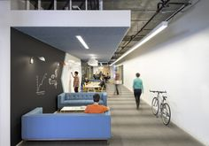 Collaboration Area & Informal Meeting Space in Cisco Offices by Studio O+A