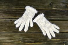 Winter Gloves | Hand Made Wool Gloves | Hand Knitted Gloves | White Wool Gloves | by OKTIEofficial on Etsy