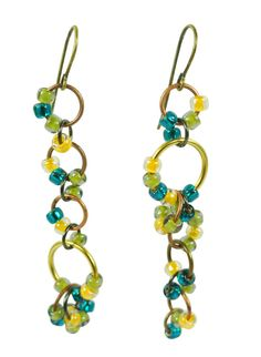 DIY Confetti Dusters. Use leftover seed beads and various jump rings to create a great pair of summery earrings
