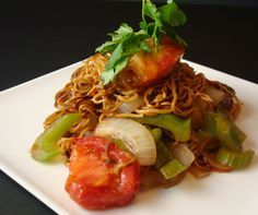 Original San Fransisco style Tomato Beef Chow Mein, My chinese Grandmother used to make this and i loved it. This recipe is dead on! I make this once a moth in my house now! yum!