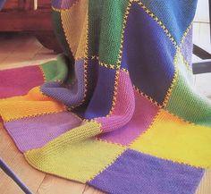 Teje tu frazada multicolor-1 Loom Knitting Patterns, Crochet Blanket Patterns, Chunky Crochet, Hand Crochet, Bernat Yarn, Diy Crafts Crochet, Donia, Knitted Blankets, Villa