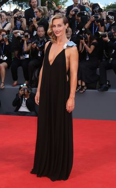 The Best of the Venice International Film Festival Red Carpet Photos International Film Festival, Red Carpet Fashion, Popsugar, Black And Grey, Gray, Venice, Awards, Good Things, Formal Dresses