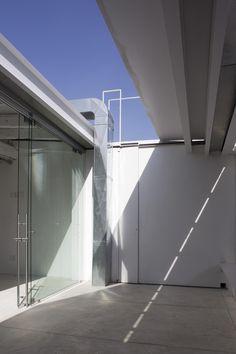 RAUL PEÑA Architects . Escuela de escritores Foto: Alberto Moreno