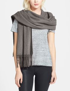 The on-the-go piece for fall. Layer this cashmere piece as a wrap or scarf.
