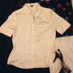 Petite Cream Ann Taylor Blouse Another classic staple to any wardrobe. You may need this. Silky, petite and delicate, just like you! Tapered at the waist to compliment that hour glass shape or giving the illusion of one.  So many options as to what you can do with this. Business casual. Superb condition Ann Taylor Tops Blouses
