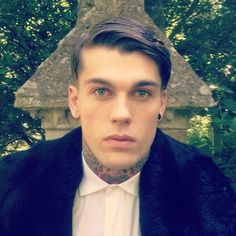 Male Models Tattoo, Top Male Models, Stephen James Model, Hot Guys Tattoos, Blake Griffin, Its A Mans World, Beard Tattoo, Attractive People, Good Looking Men