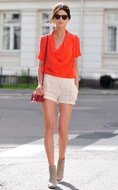 Hanneli Mustaparta wearing crochet shorts by Pinkyotto, shades by Ralph Lauren, boots by Rag & Bone and bag by Coach Top Mode, Look Con Short, Summer Outfits, Cute Outfits, Summer Clothes, Classic Outfits, Crochet Shorts, Crochet Bikini, Vogue