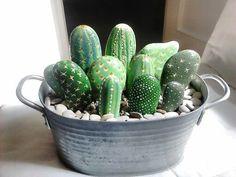 Resultado de imagen de piedras pintadas cactus