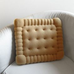 Biscuit-shaped pillow.